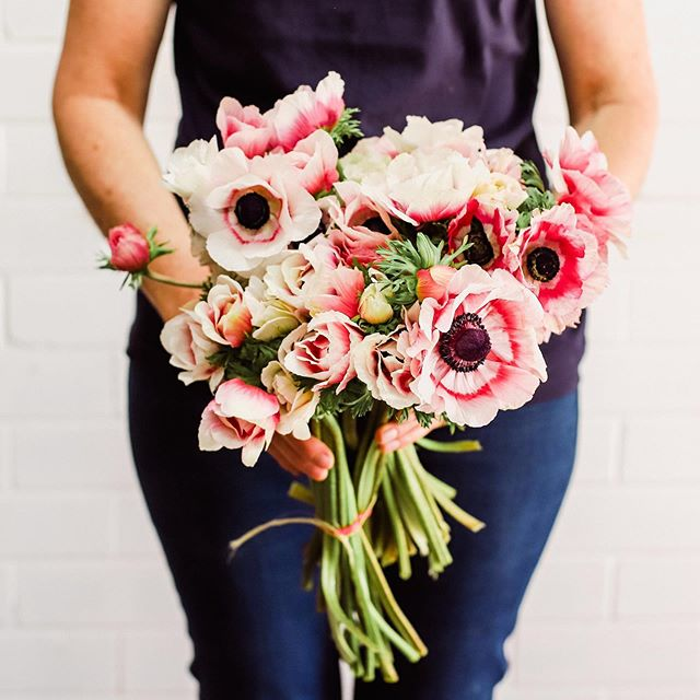 Pretty anemone's in tomorrow's posies...❤️ Another one of our Spring-time faves 😍