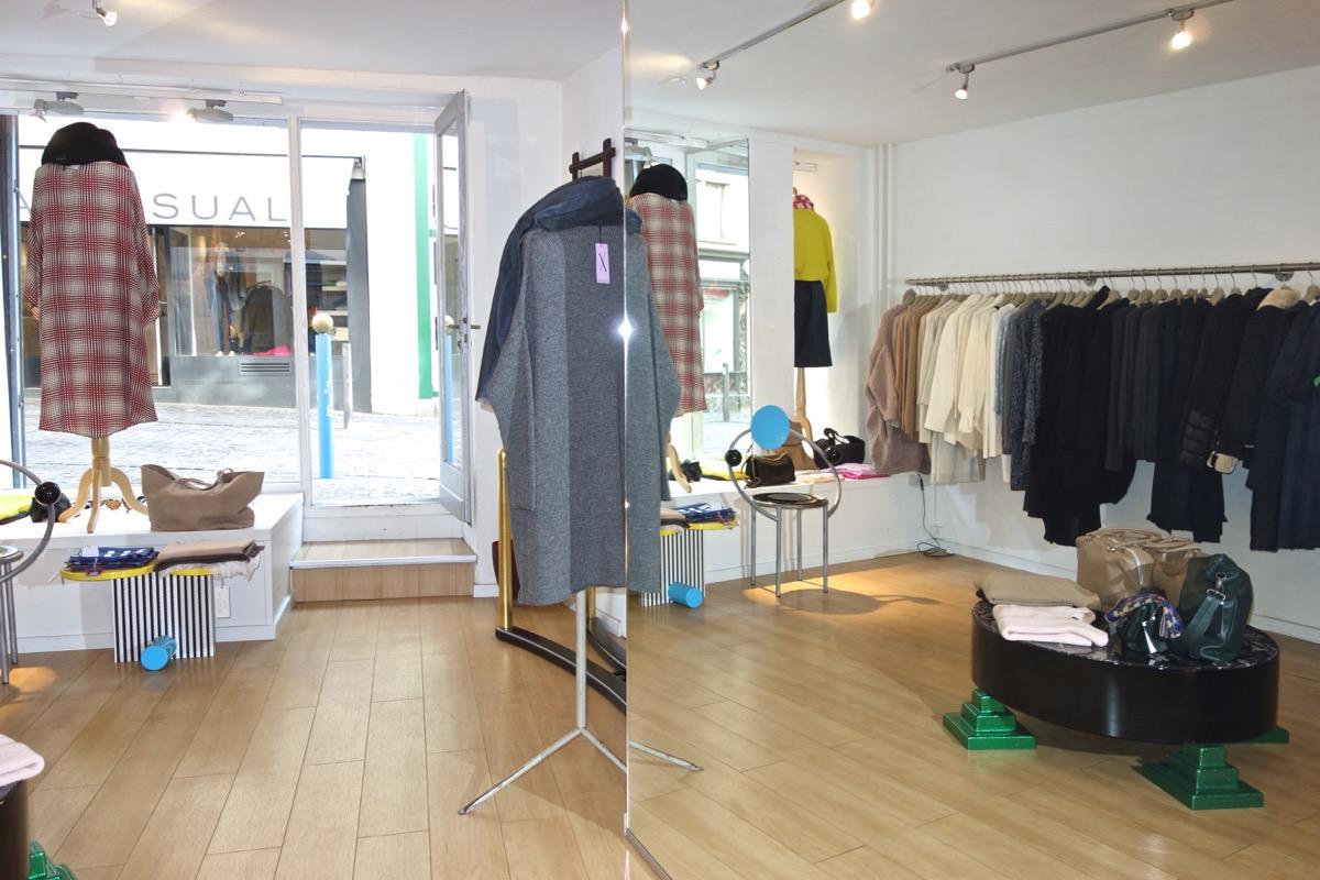 Mary Jane - Find HANIMANNS now at Mary Jane boutique,Neumarkt 21, 8001 Zürich