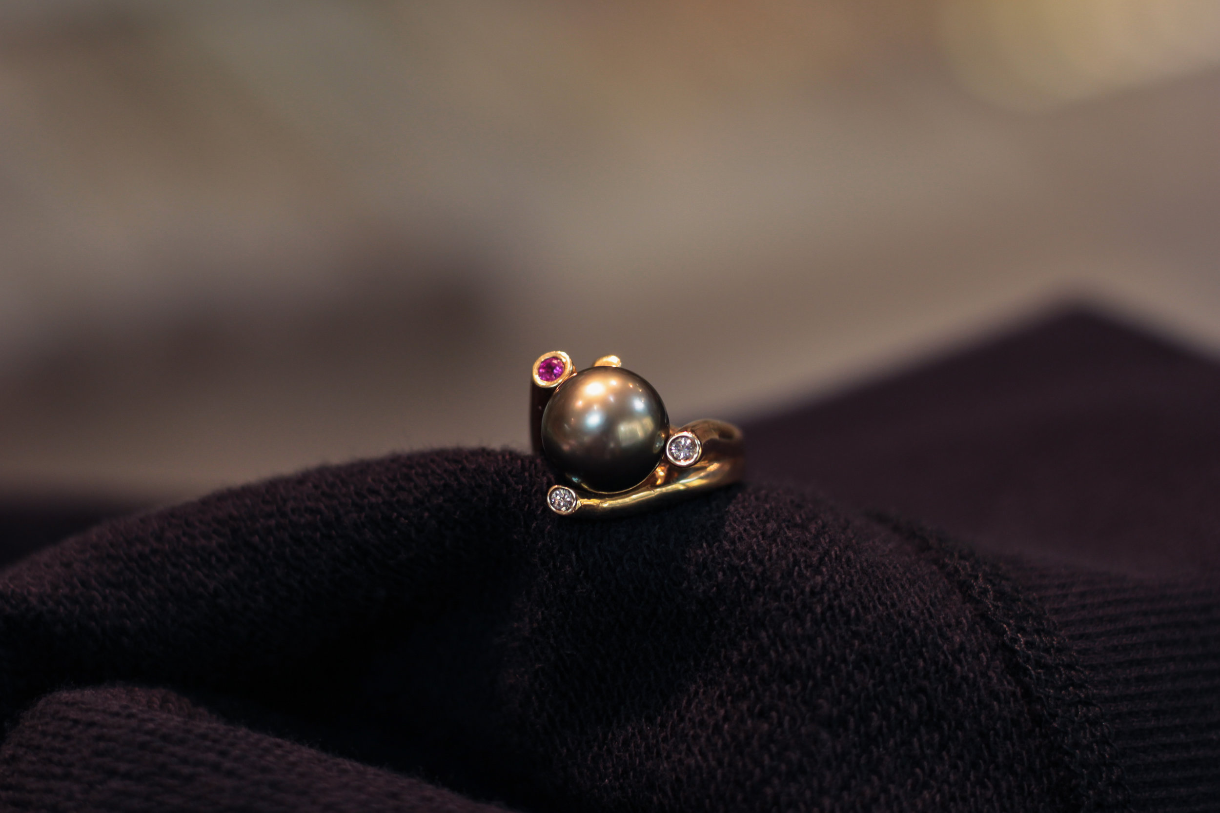 pearl_ring.jpg