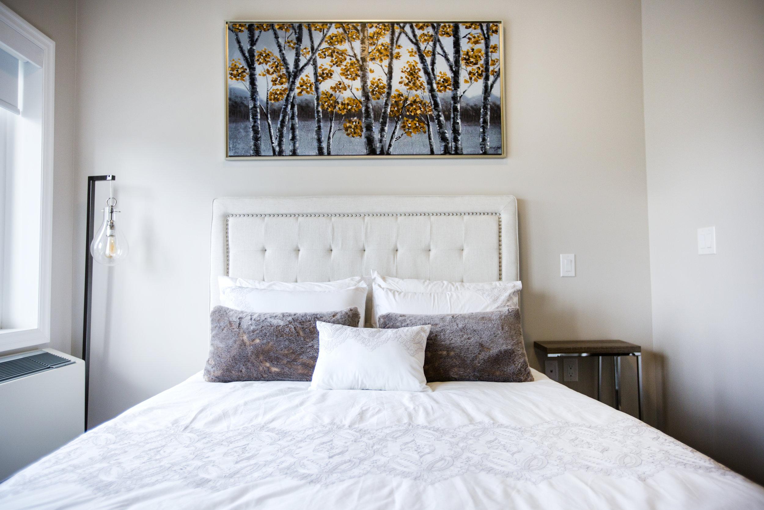retirement-home-suite-bed.jpg
