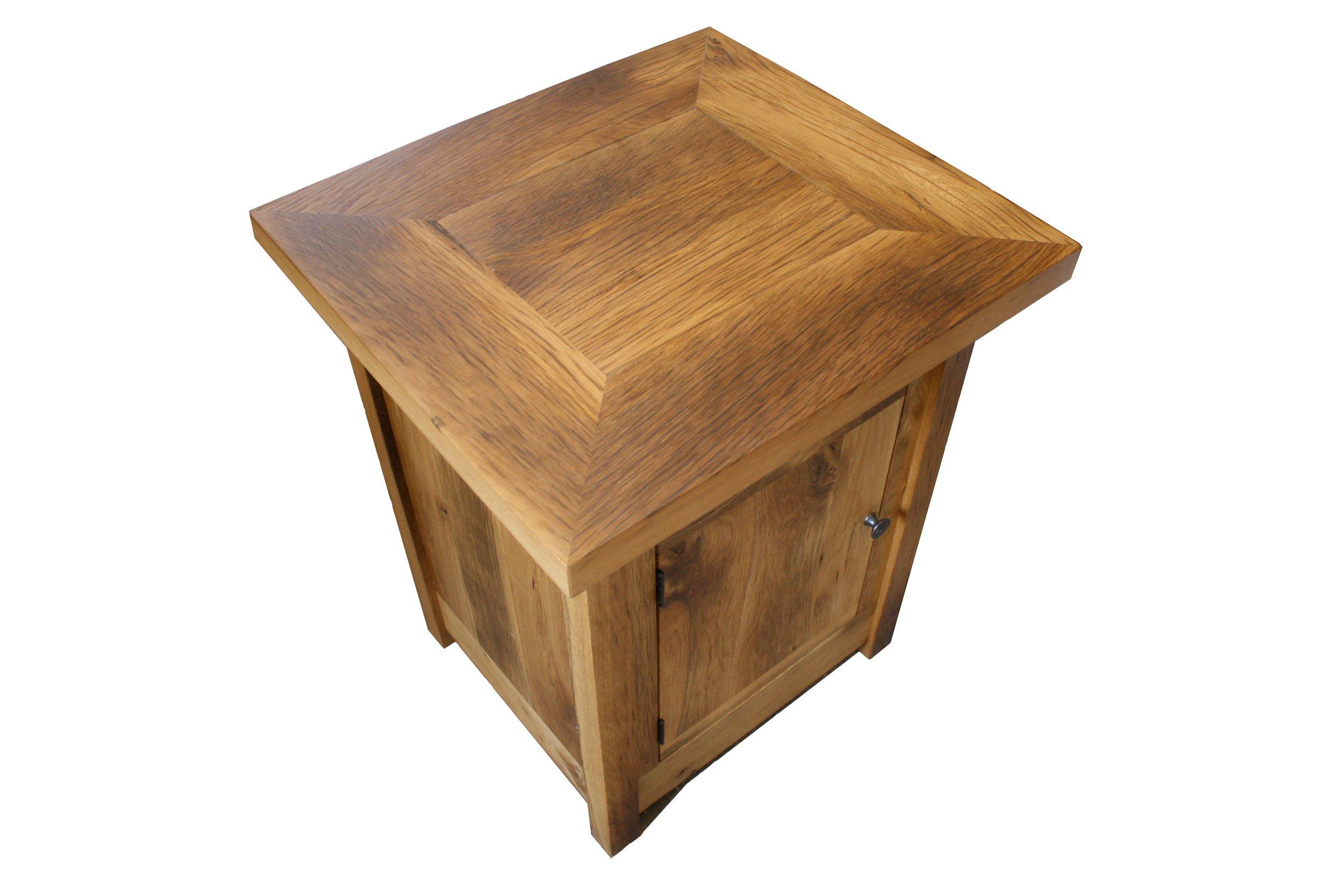 Oak End Table top view.jpg
