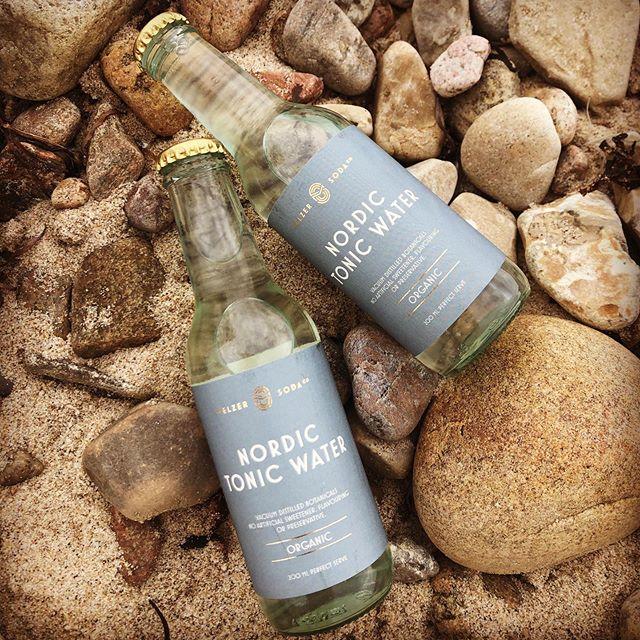 NordicTonic🌊 Organic and flavoerd with elderflower, dill, wormwood, citrus and natural cinchonon(kenin). • • #tonic #tonicwater #scandinavia #nordictonic #melzertonic