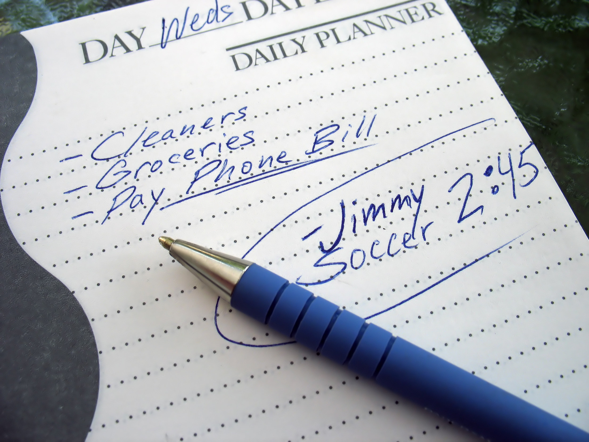 keeping a task list can help with time management.jpg