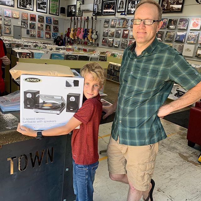 Our newest vinyl lover! Picked up his first stereo along with Bob Wills, Wes Montgomery, Miles Davis and Jimmy Smith!! Pretty sophisticated for an 8 years old!! #nearsouthsidefw @nearsouthside @recordtowntx @leavesbooktea @fortworthweekly @crittendenthestudio @cbpfortworth