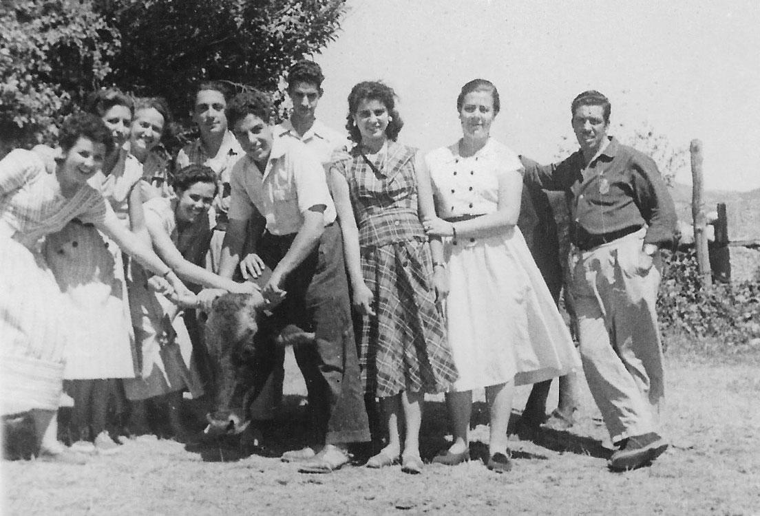 Vegamián, 1954.Foto cedida por: Sira Martín Granizo.