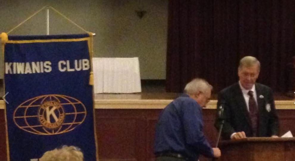 Mayor-elect Joseph Schember prepares to address the Erie Kiwanis Club in the Mannachor Ballroom on November 21.