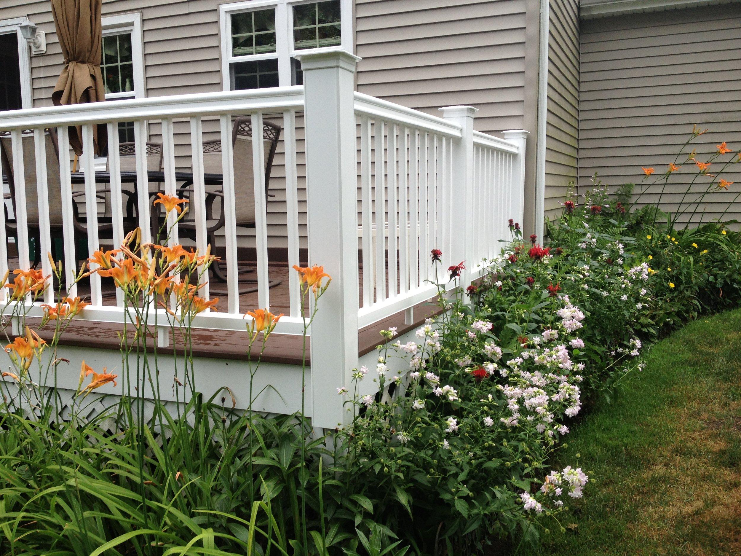 Deck (2).JPG