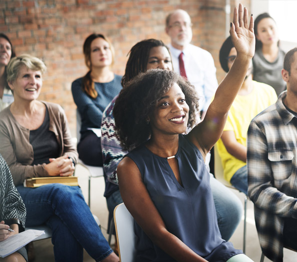 in-house-recruitment-expo-uk-group-with-hands-up-in-front-1074-595x525.jpg