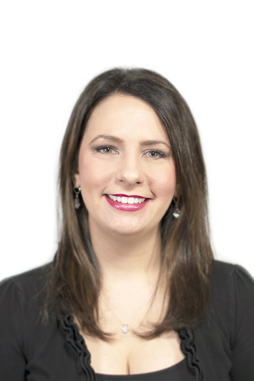 Juliana Emanski Kim, Soprano