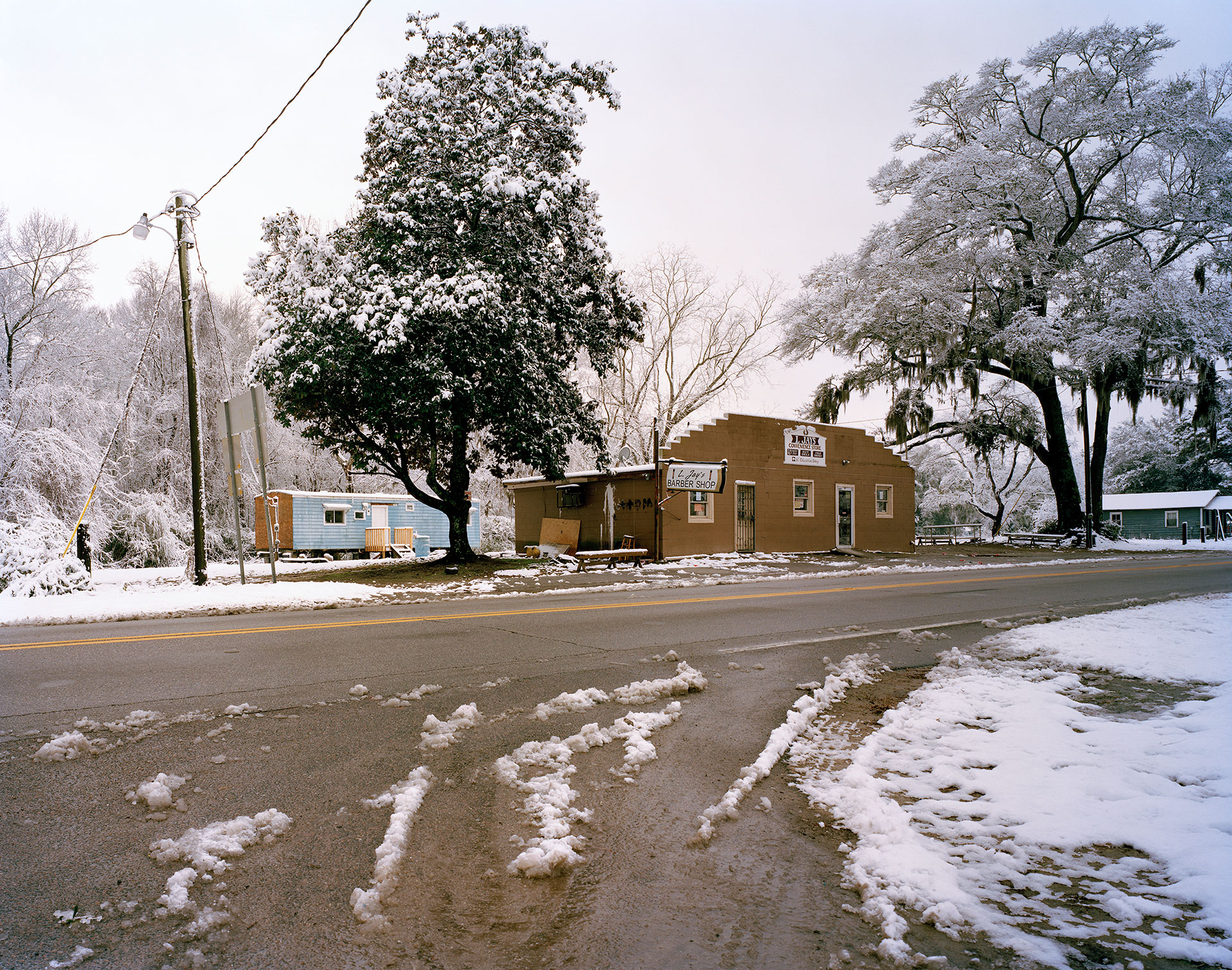 L. Jay's Barber Shop and Convenience Store, Highway 174
