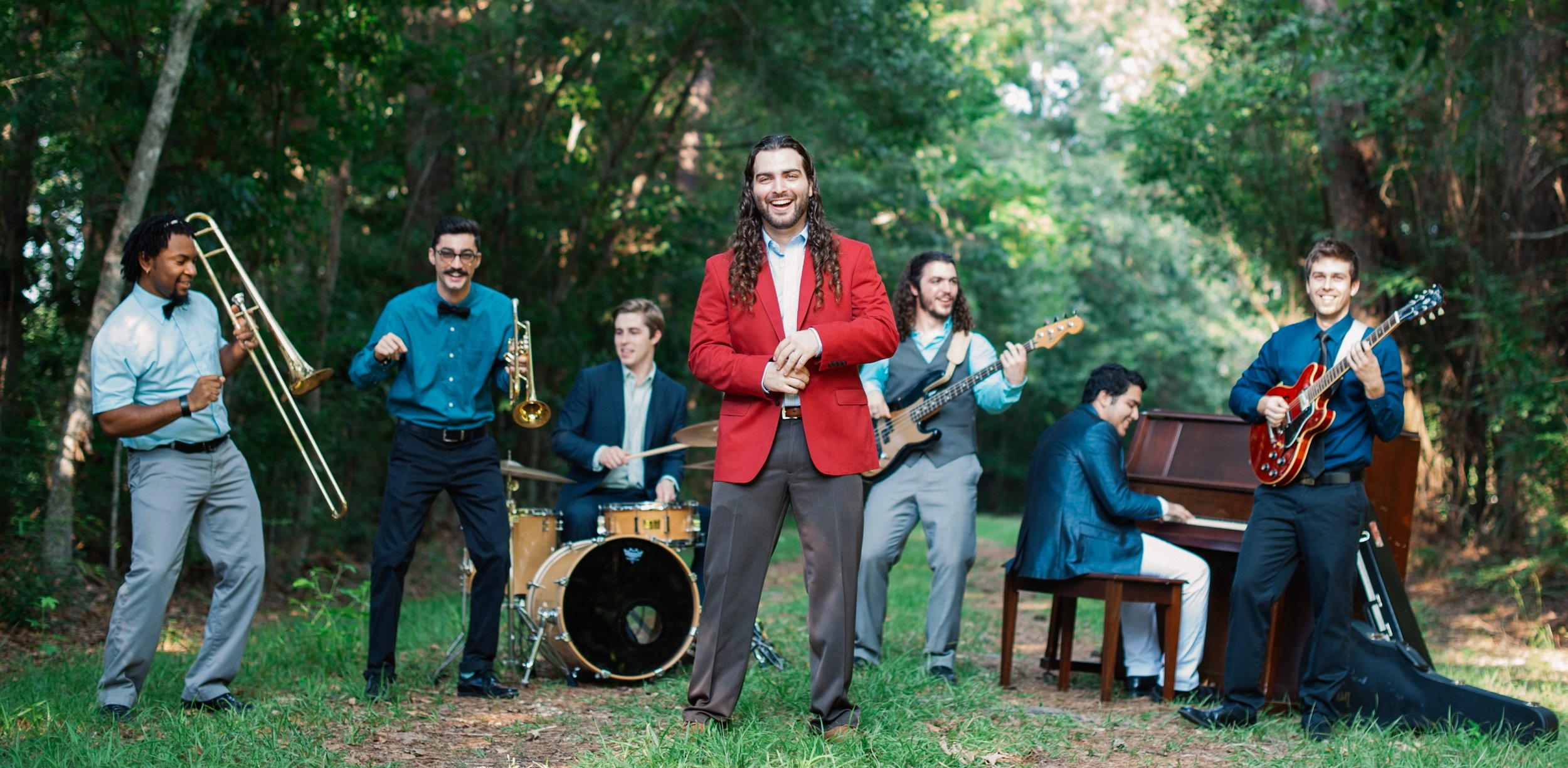 """Tyler Kinchen & The Right Pieces - Hi-energy live Pop, real """"grown folks"""" R&B, hip-shakin' Funk, and head-bobbin' Jazz/Soul from new orleansdown from the US South, tyler and his band creates classic acts like Kool & The Gang and Earth, Wind, & Fire with fierce rhythm and bold horns assemble along with current smooth baritones"""