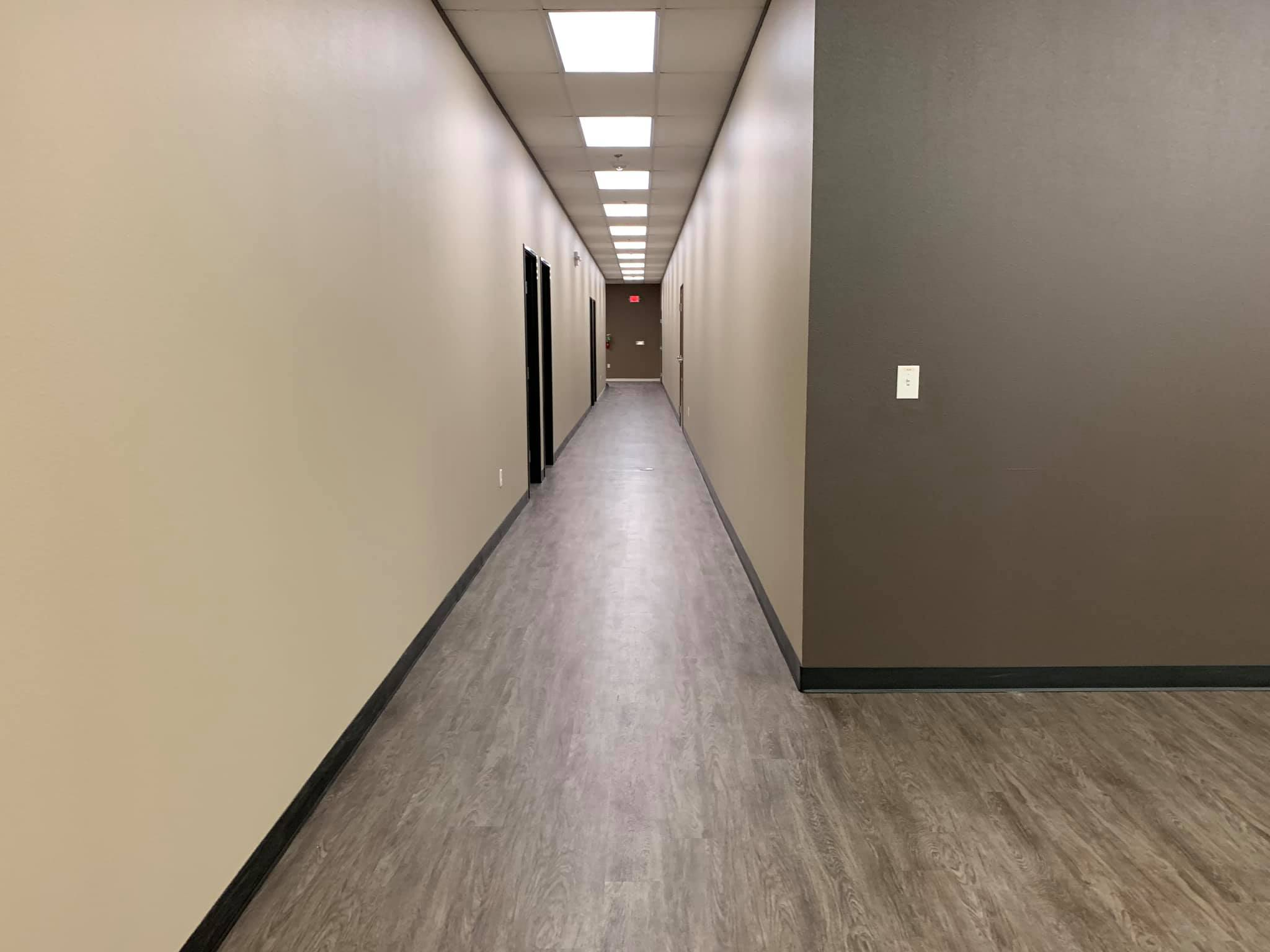 Meeting, Office & Conference Rooms - Includes three 190 square foot rooms.Includes one 200 square foot conference room and one 235 square foot conference room.Easy access to main room, lounge area and 3 restrooms.Furnishings upon request.Event planning upon request.