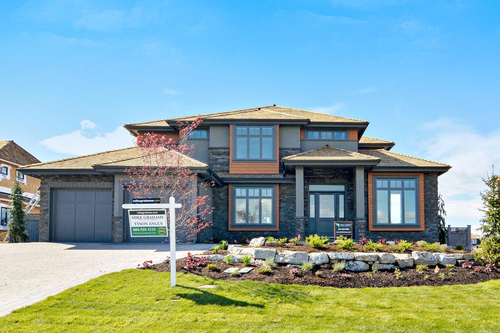 contemporary home exterior