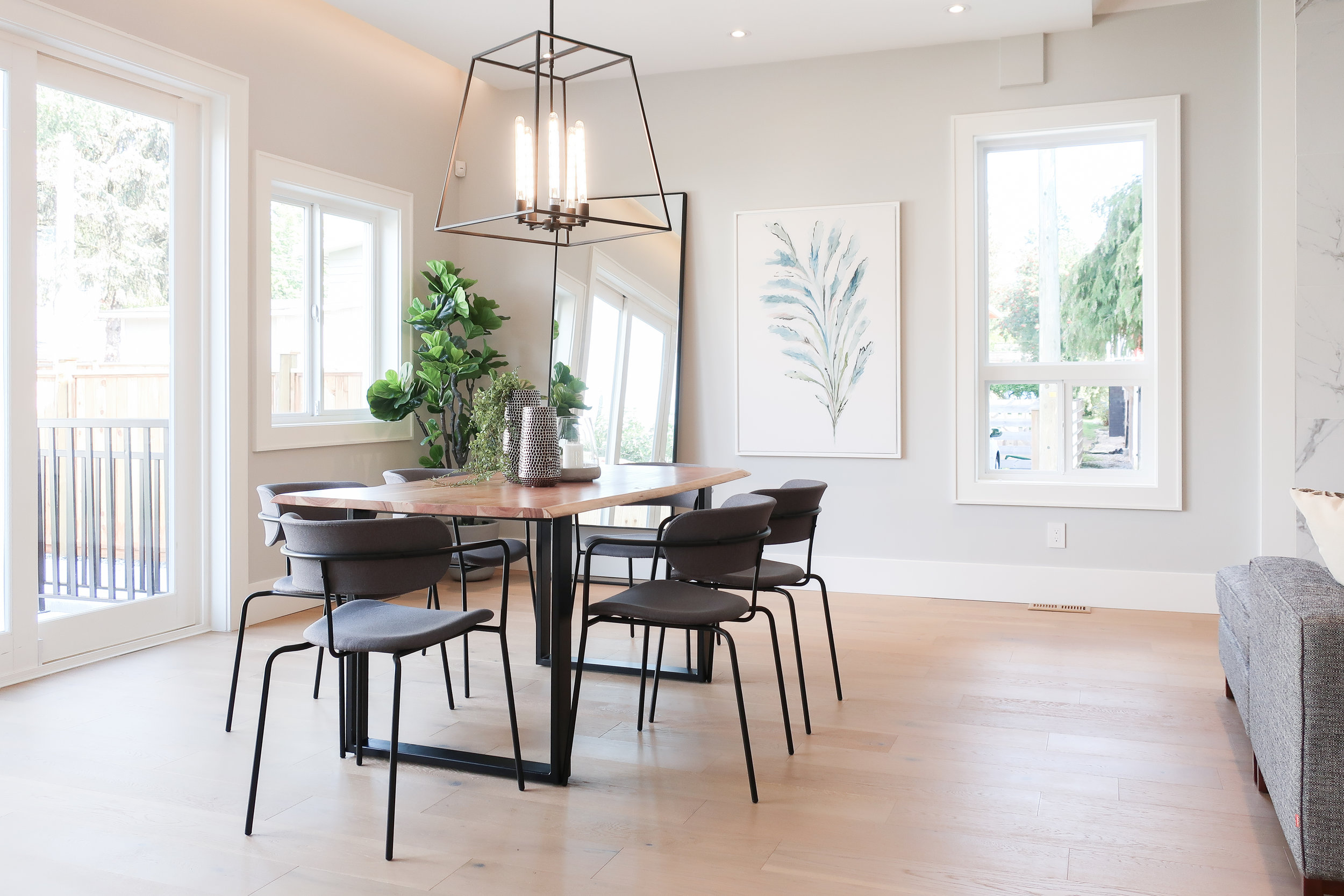 dining room with black pendant light