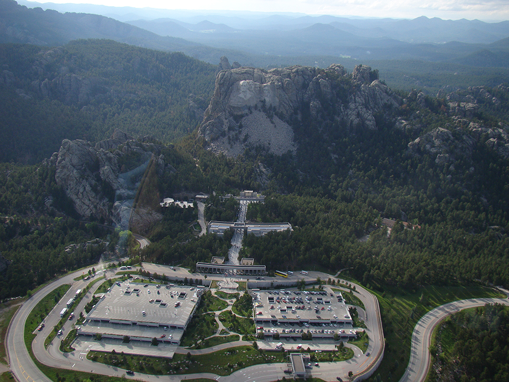 Aerial view of the monument site,  Wikimedia Commons .