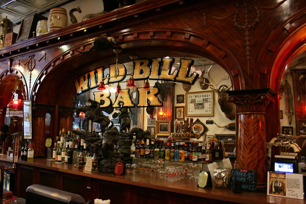 No. 10 Saloon, interior bar.