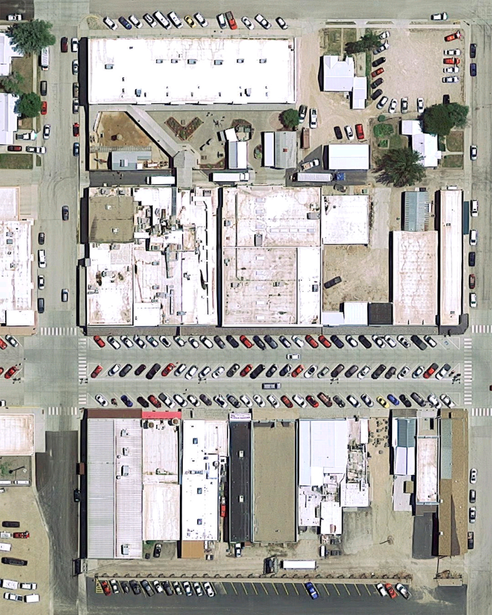 Wall Drug complex, satellite view. Click for Google Map link.