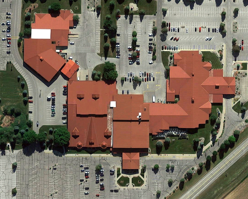 Bronner's CHRISTmas Wonderland, satellite view. Click for Google Map link.