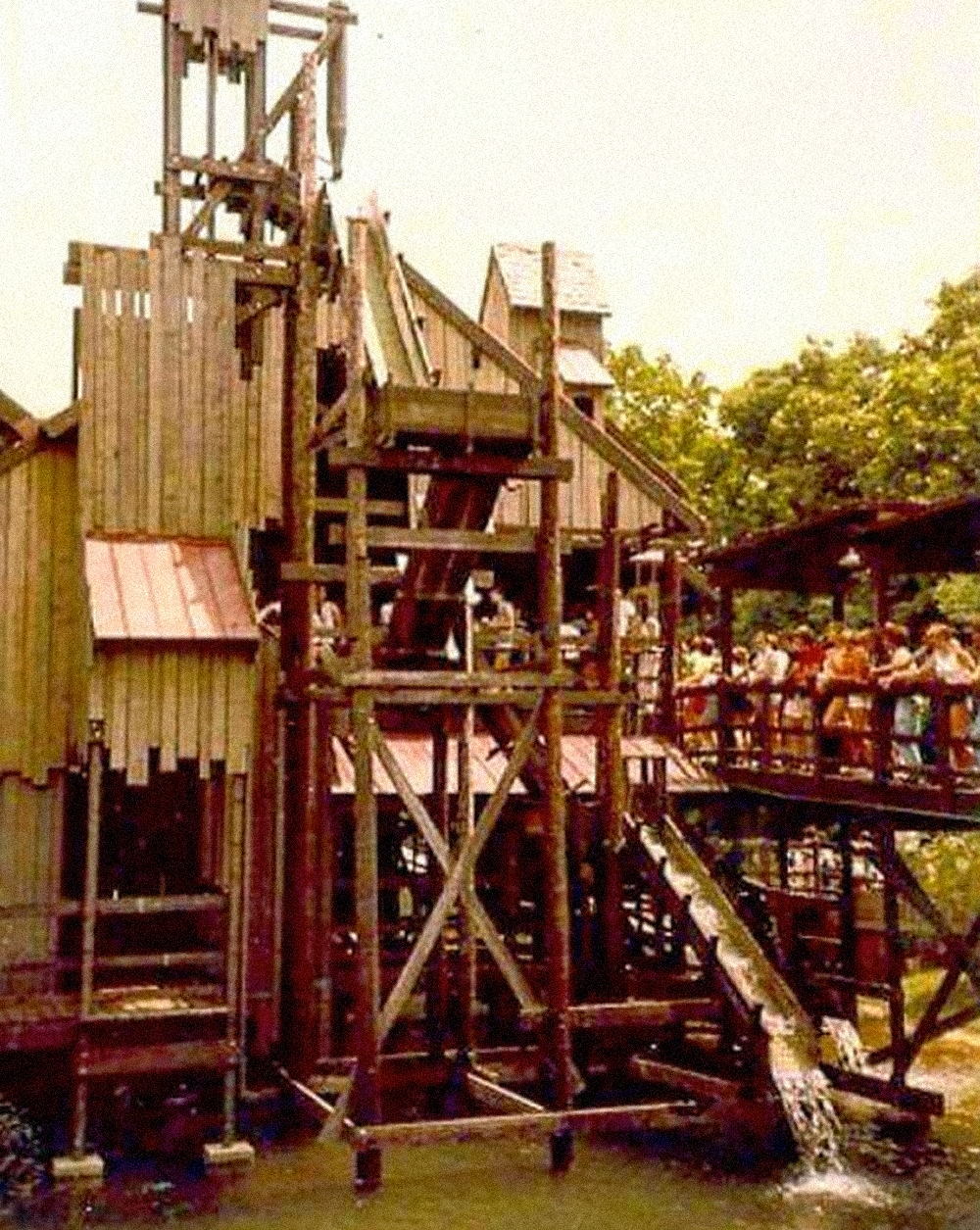 kings-island-the-beast-original-mill.jpg