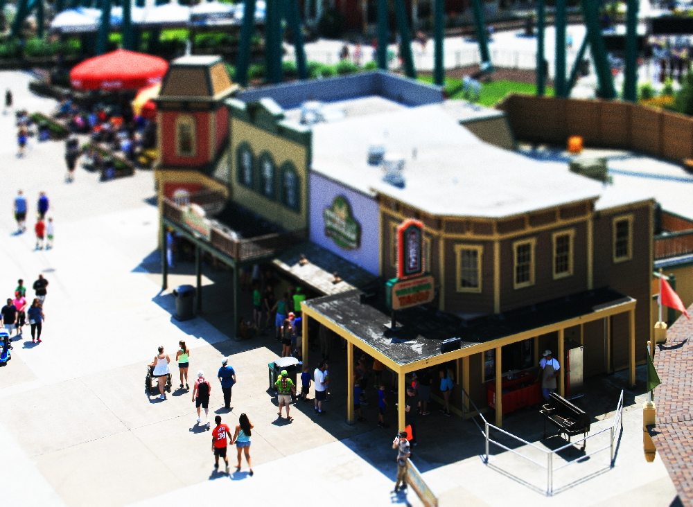 cedar-point-tilt-shift-16.jpg