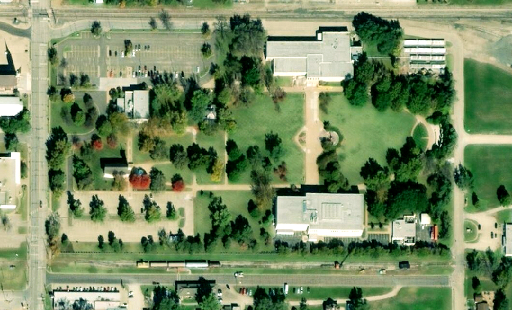 Eisenhower Presidential Library, satellite view. Click for Google Map link.
