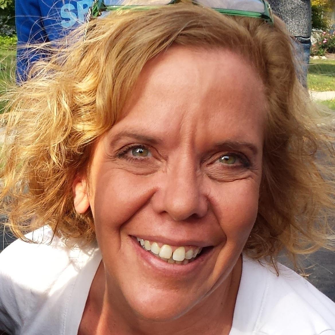 Robyn Van Dusen  Executive