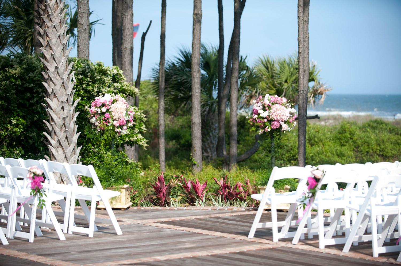 wedding-decoration-setting-coordinator.jpg