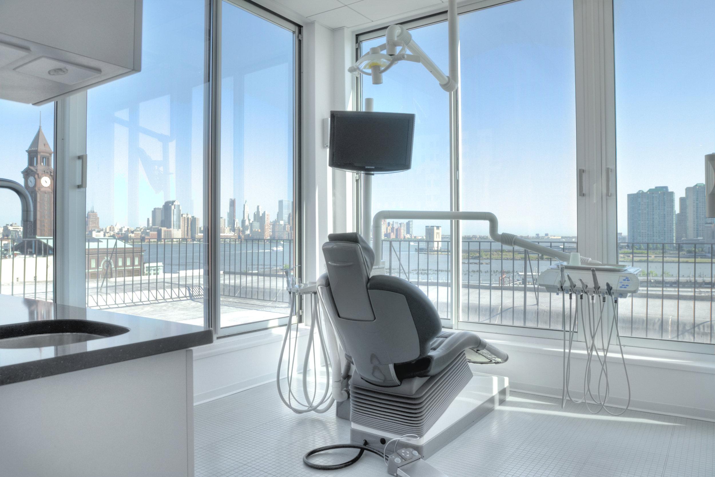 0019_Dentist 2 View.jpg