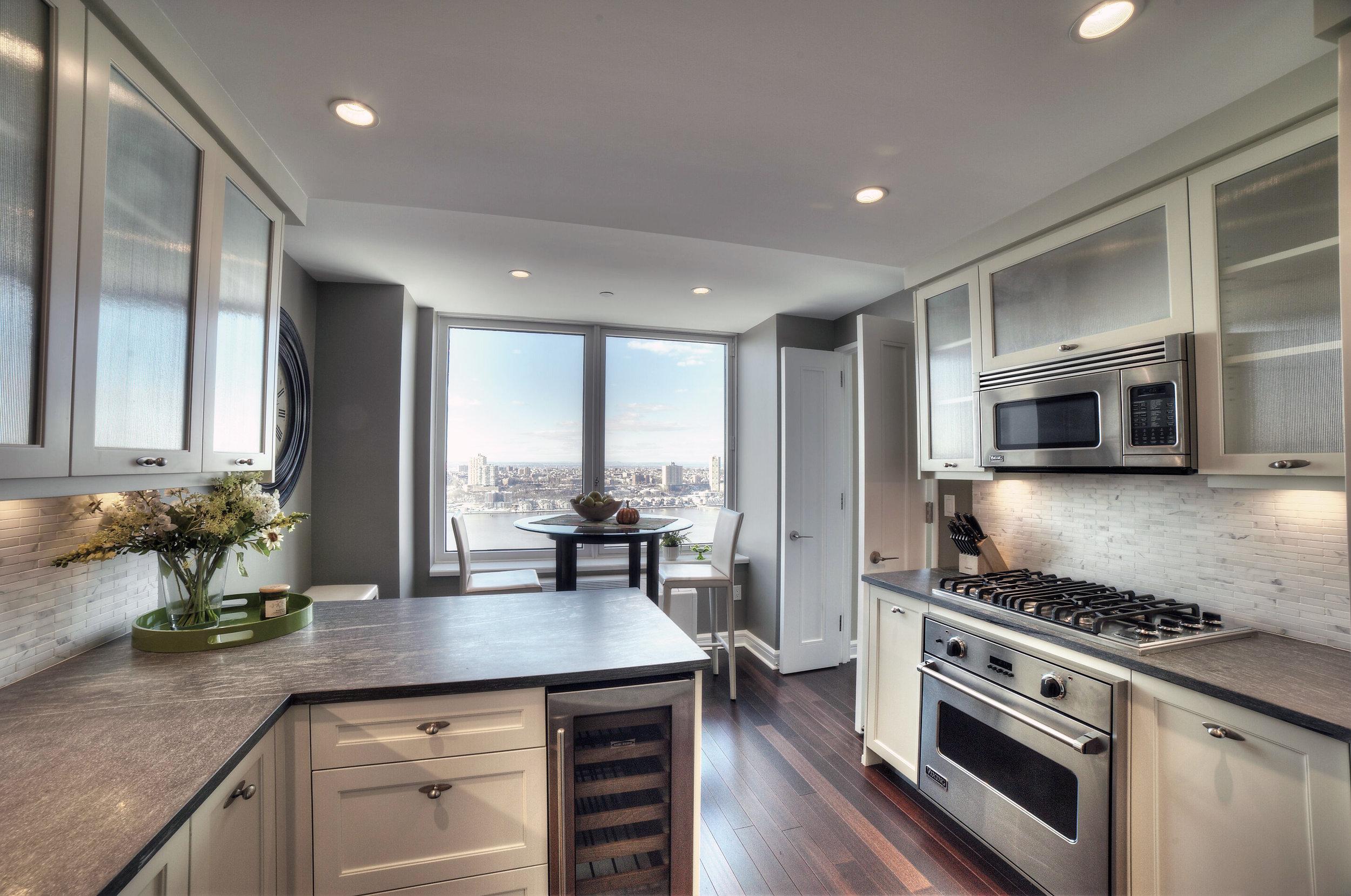 0007_James Edit 2 kitchen.jpg