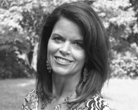 Susan has over 20 years of experience helping companies grow their marketing teams and have built a network of seasoned marketing and digital professionals across the country. She has helped many SMB and Fortune 500 companies build their marketing and digital teams allowing them to focus on their overall business strategies and goals. - Susan Rylance - VP of Growth, Executive Search