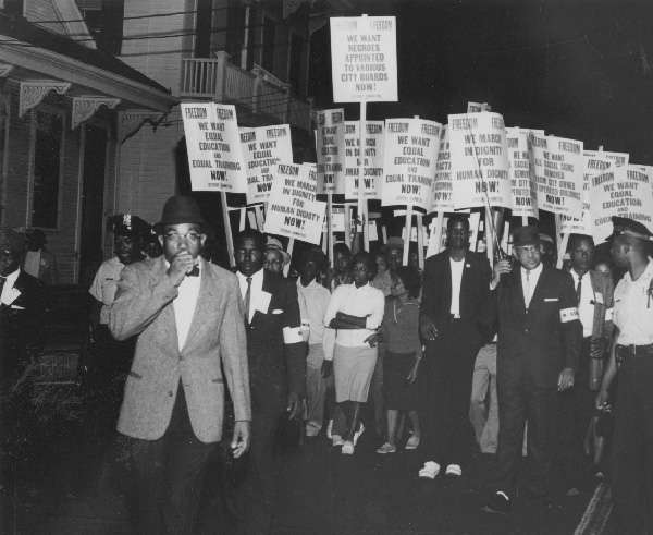 1963-civil-rights-march-from-shakspeare-park-to-city-hall.jpg