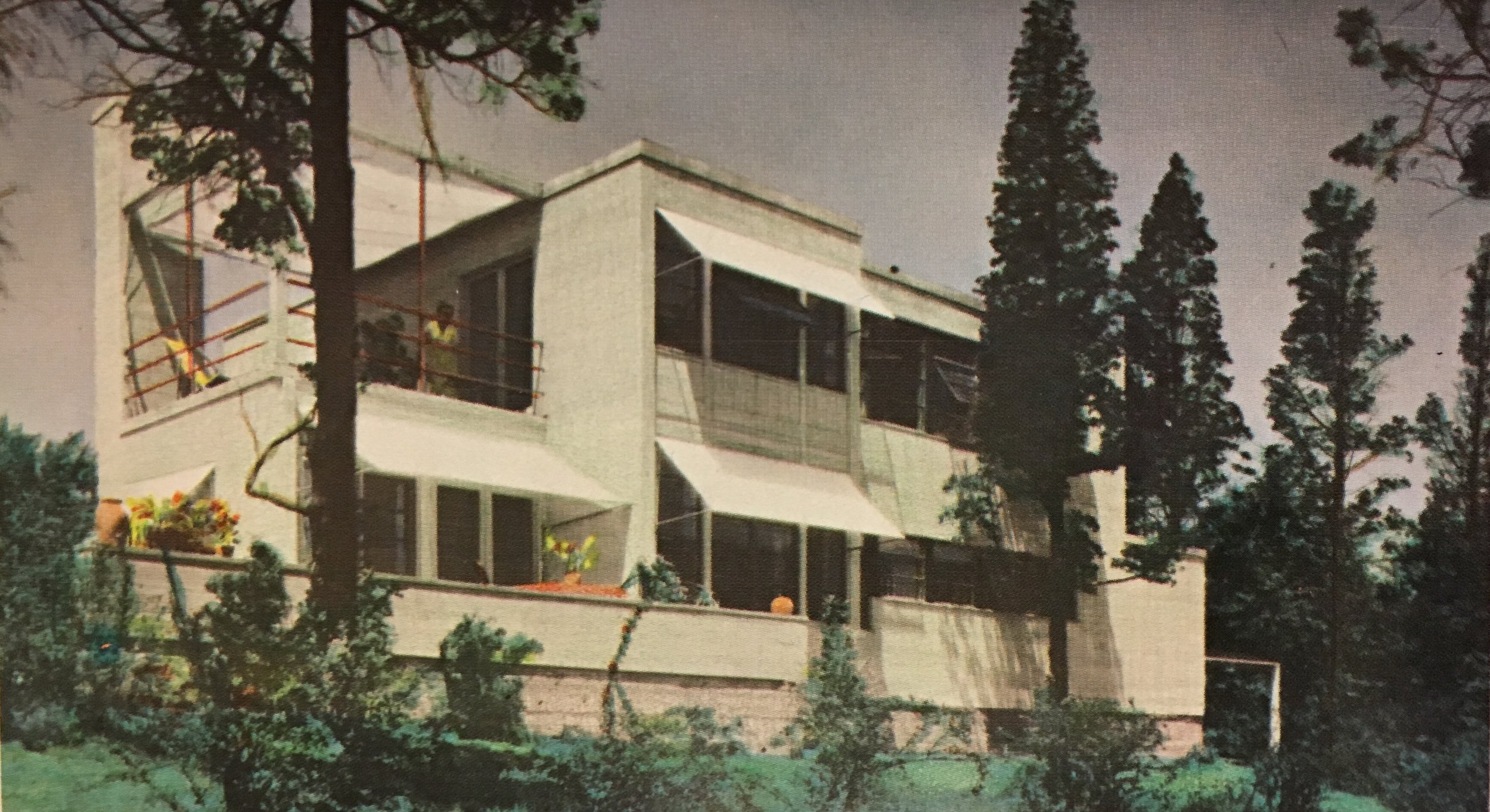 """""""…THE BEST SHE EVER DID"""" - eleanor raymond and the role of cultural bias in the loss of modern american residential architecture"""