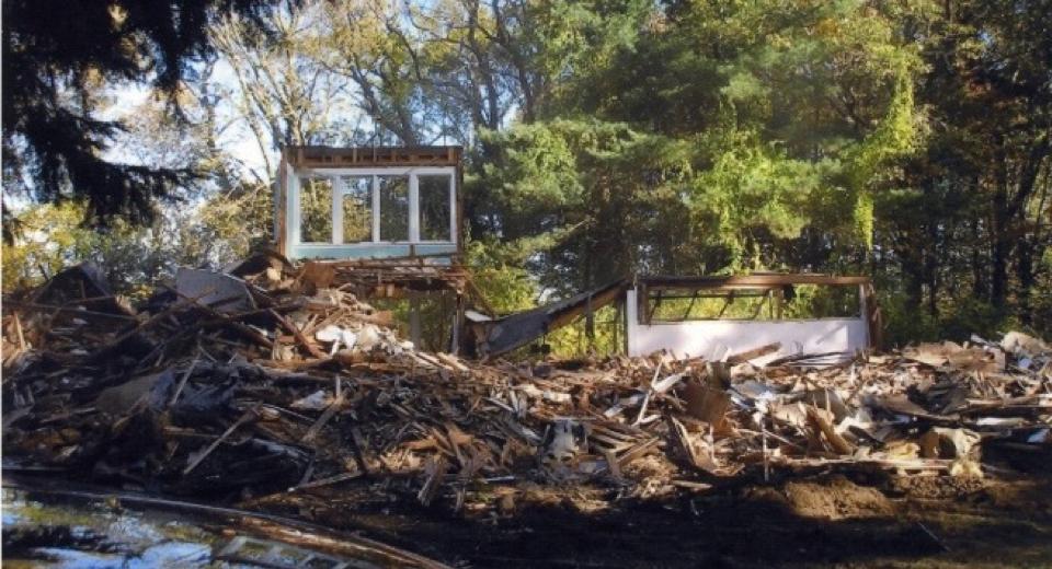 Fig. 3: Eleanor Raymond. The Rachel Raymond House circa 2006 mid-demolition, Belmont, Massachusetts, 1931. Demolished 2006. Historic New England Library and Archives.