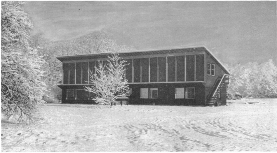 """Fig. 5: Eleanor Raymond. Dover """"Sun House,"""" 49 Powisset Street, Dover, Massachusetts, 1948. Photo circa 1949. Courtesy The Scientific Monthly, Vol. 69, No. 6; Accessed on JStor."""