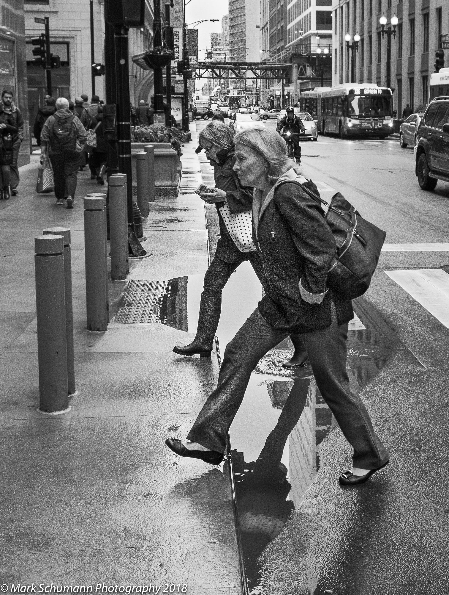 Street Photography_Chicago_Puddle Jumpers_113018.jpg