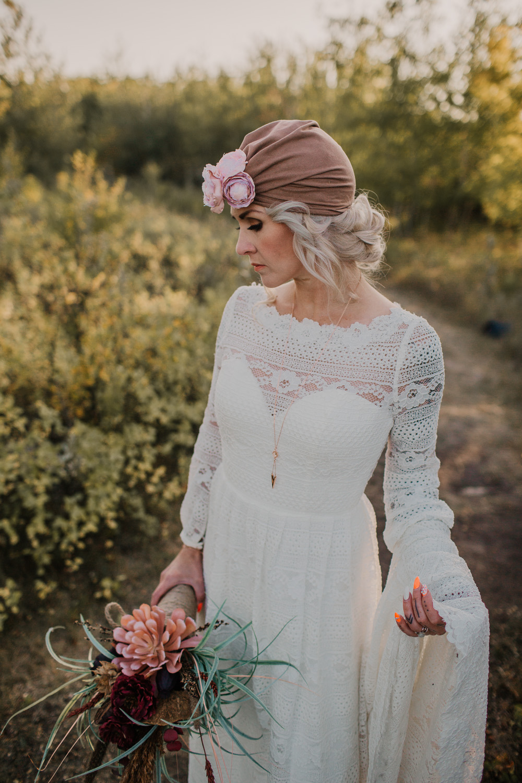 Saskatoon Boho Bridal Autumn Inspiration Ensoul Endearment Imagery Saskatoon Vancouver Island Wedding Elopement Photographer,Beach Wedding Dress Ideas Plus Size