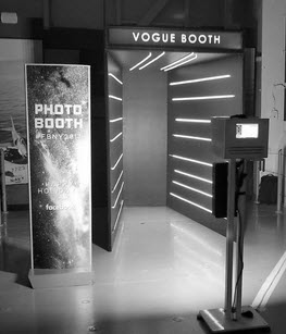 Virtual Reality Stand-In Booth