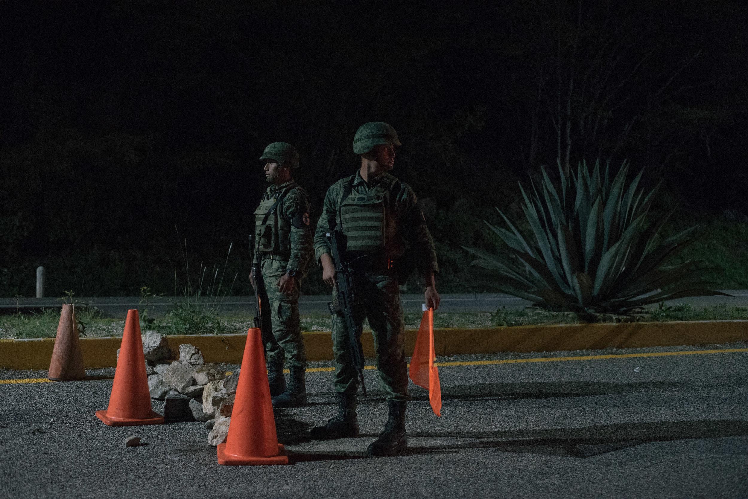 Mexico-Guardia-BackUp-5.JPG