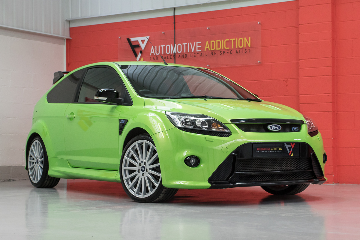 2010 Ford Focus RS MK2 Standard <b> £22,750 </b>