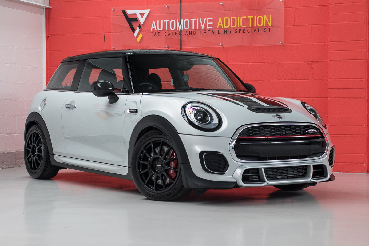 MINI John Cooper Works Challenge (1 of 53) <b>£29,500<b>