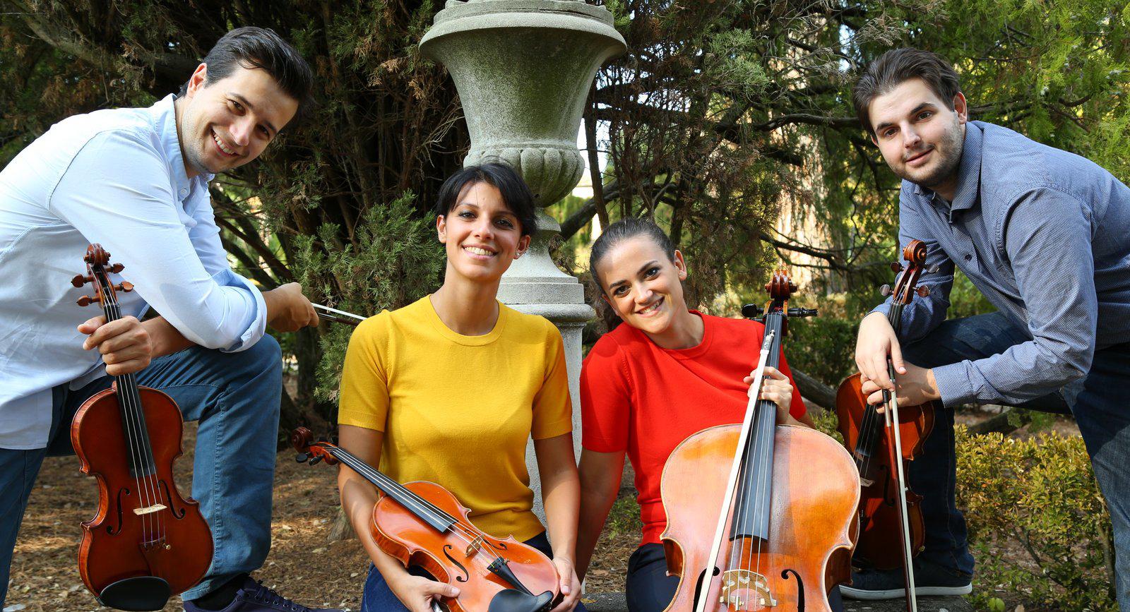 Quartetto Guadagnini - Fabrizio Zoffolimail: fabrizio@quartettoguadagnini.comwebsite: http://www.quartettoguadagnini.com