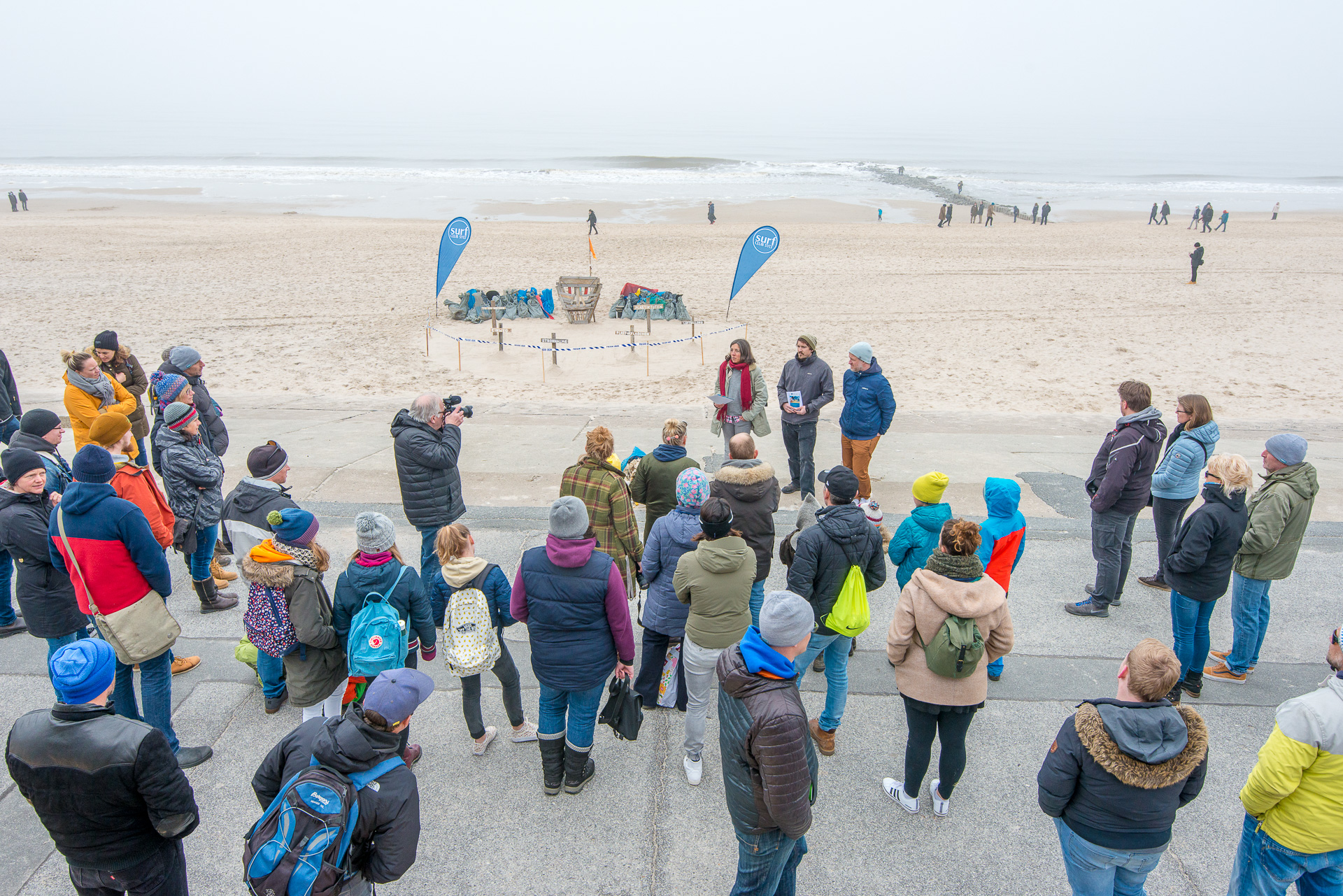 2018-03-25_Beach_Clean_Up_201.jpg