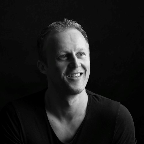 Tobias Strobl.jpg