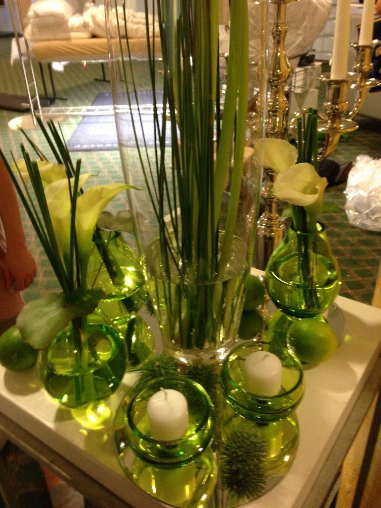 Blumen Deko Vasen grün.jpg