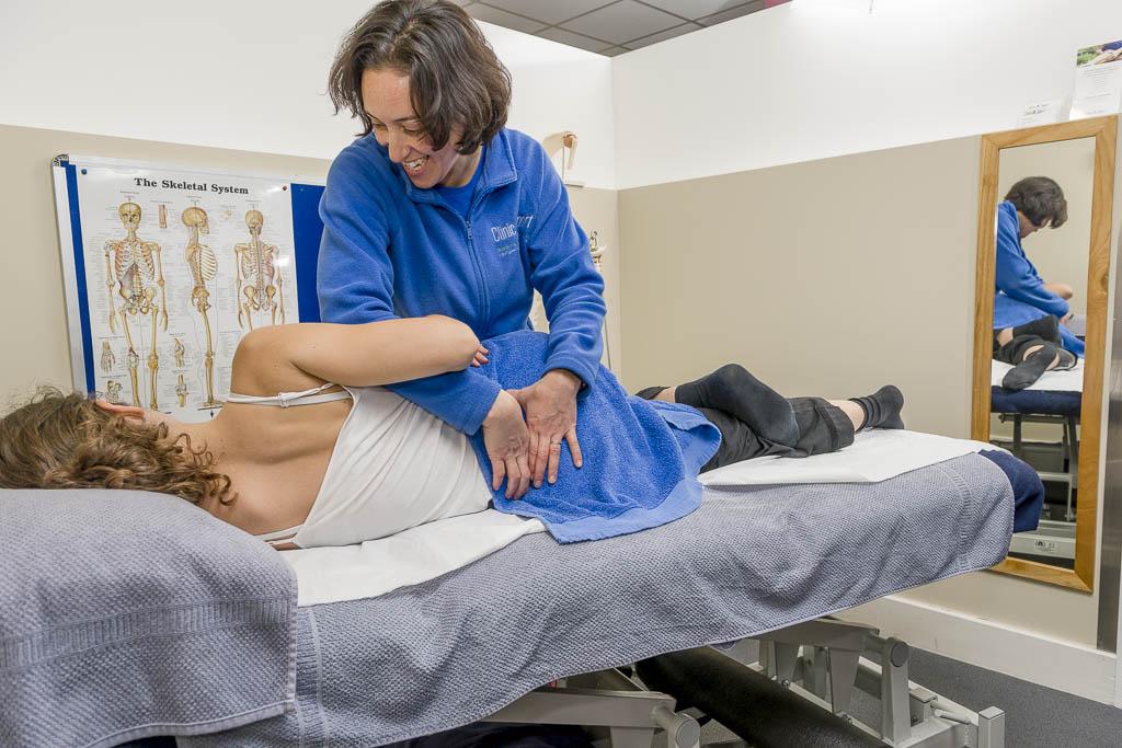 Samia Gomez - Sports Therapist at Skieasy - Ski and Snowboard Rehabilitation