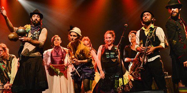 gypsy-kumbia-orchestra_adriana-cruz_850x300-600x300-2.jpg