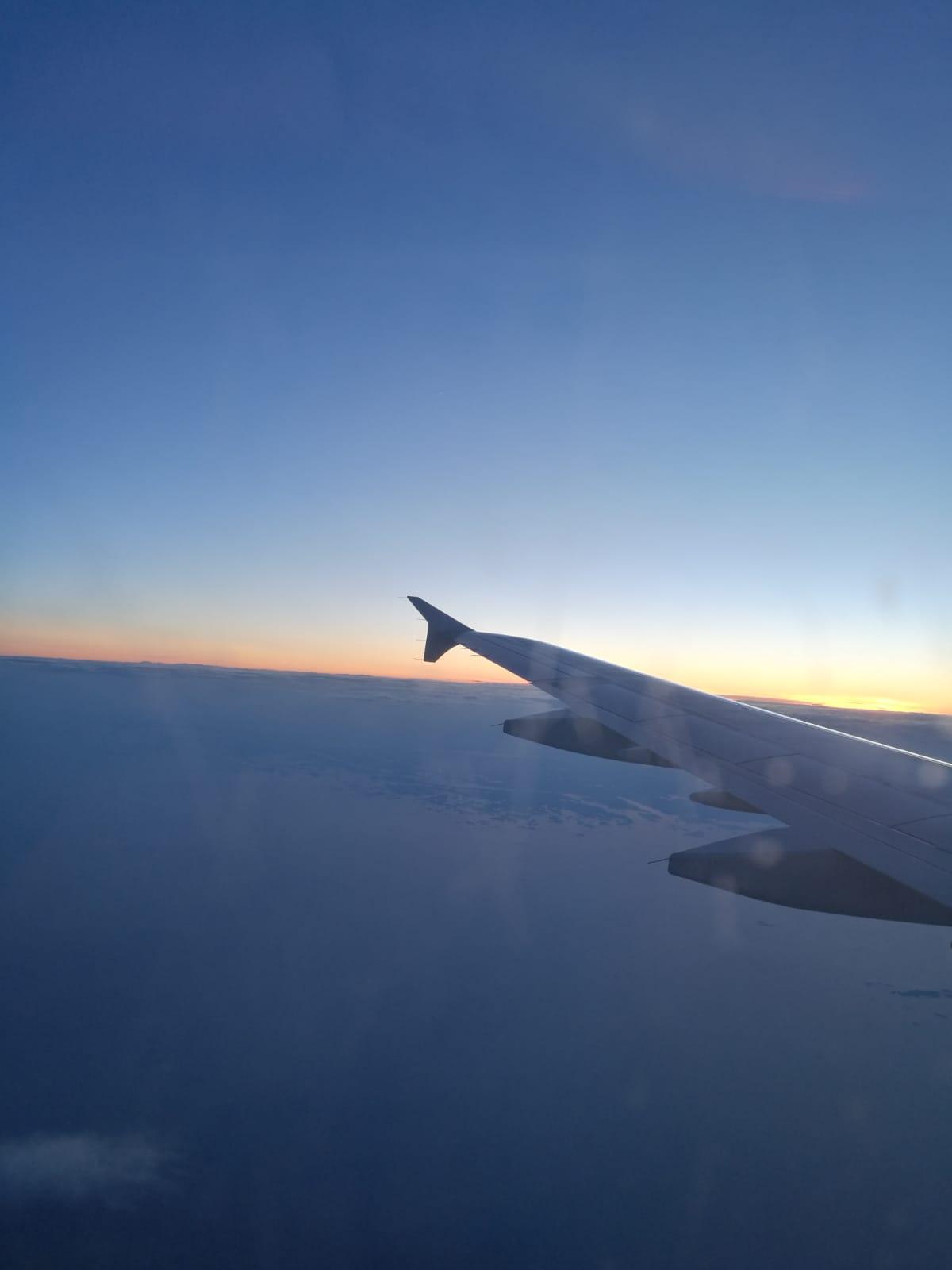 lentokoneensiipi.jpg