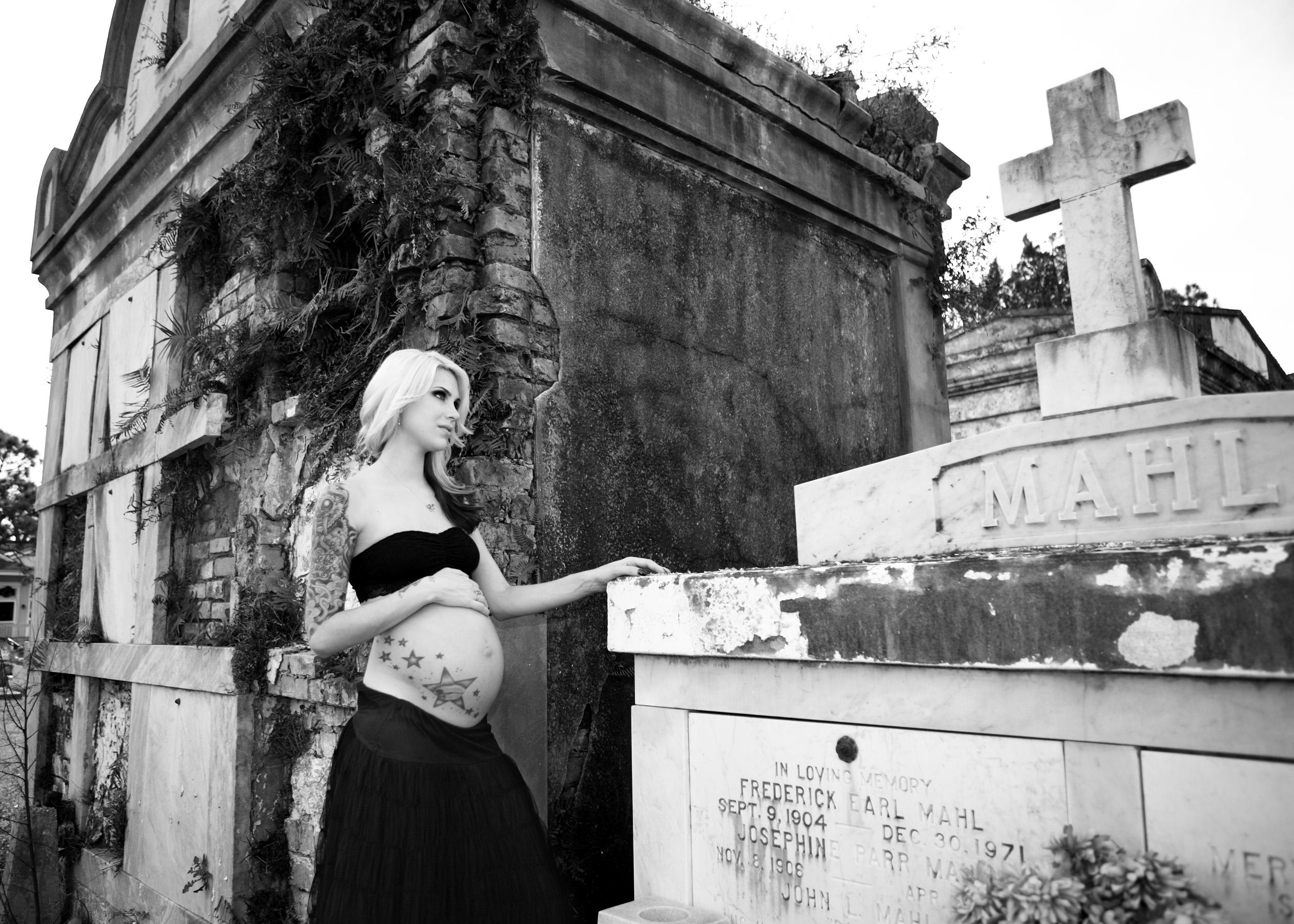 IMG_0034_maternity-cemetery.JPG