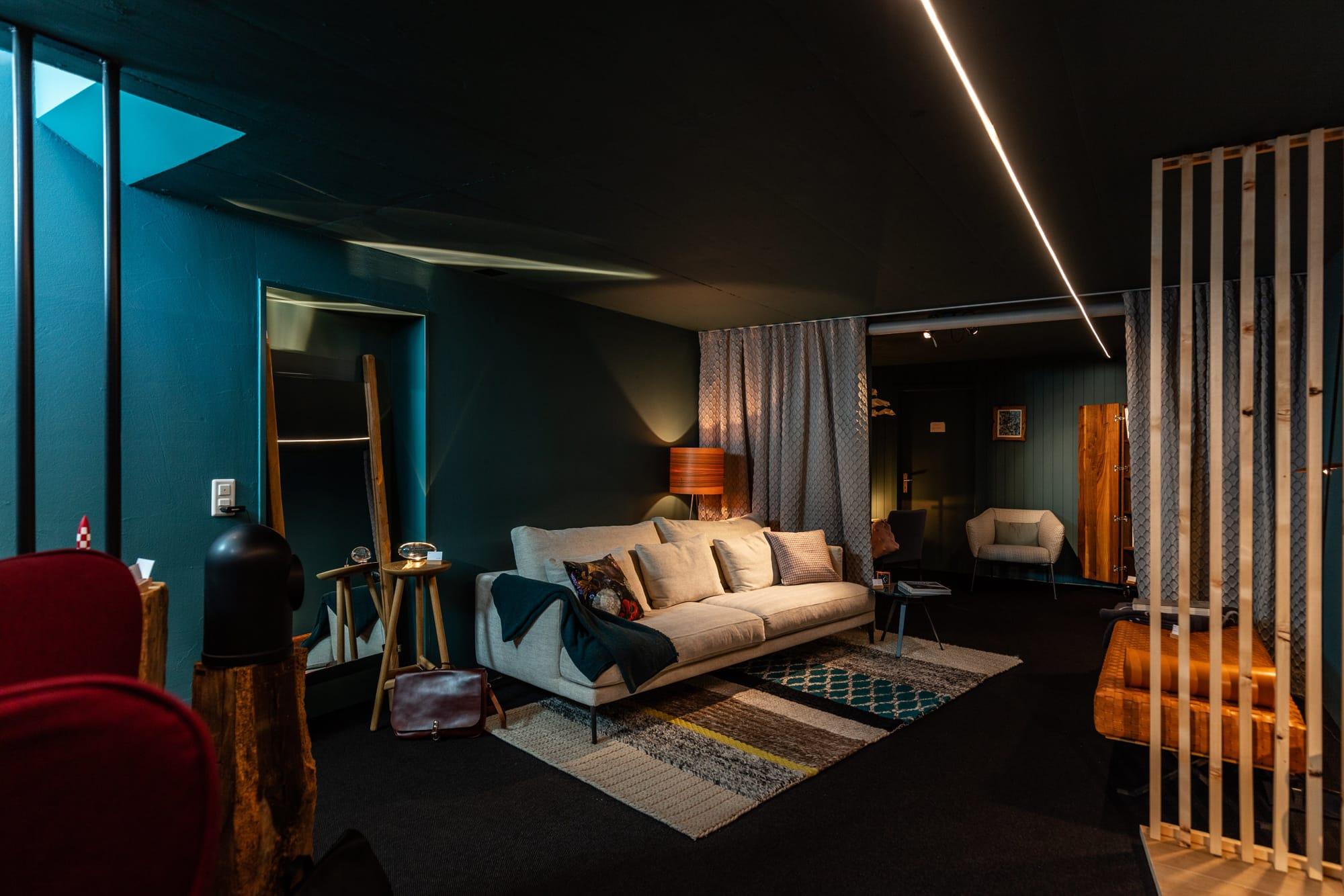 Vinval Showroom