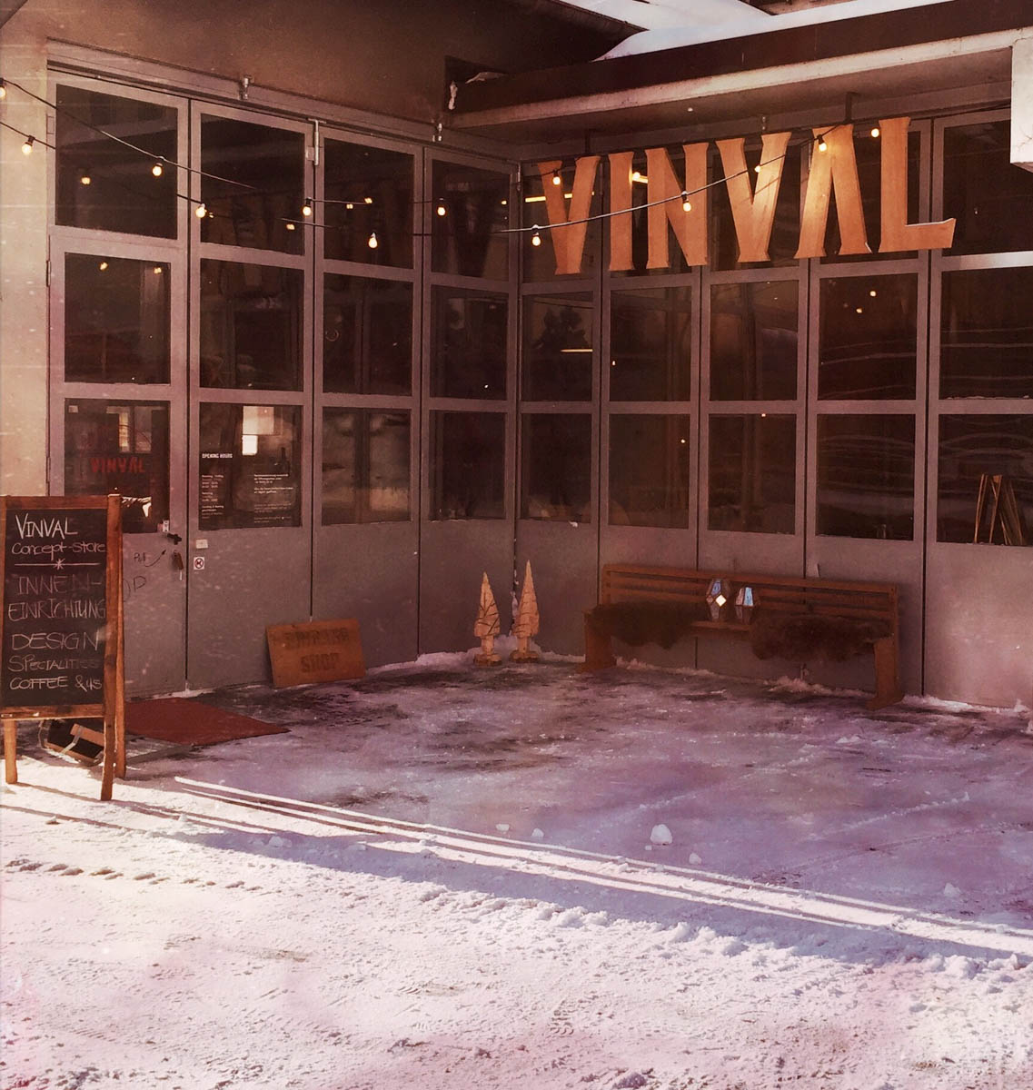 Kopie von Vinval Shop Valbella 2016